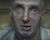 Song o heroíne, kokaíne, LSD a hašiši je v Poľsku hitom!