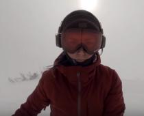 Dievča sa natočilo pri snowboardovaní. Po prehratí videá však bola šokovaná.
