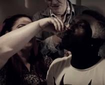 VIDEO: Americký raper ospevuje v letnom hite borovičku!