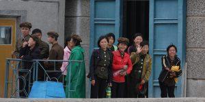 Absolútna čistota a stopercentná zamestnanosť, ale hlavne nedostatok informácii a odrezanosť. Cestovateľské kino predstaví Severnú Kóreu