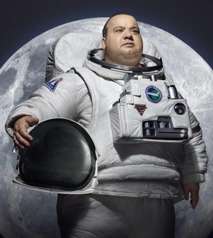 Toto je tvoj sen? Tučný astronaut?