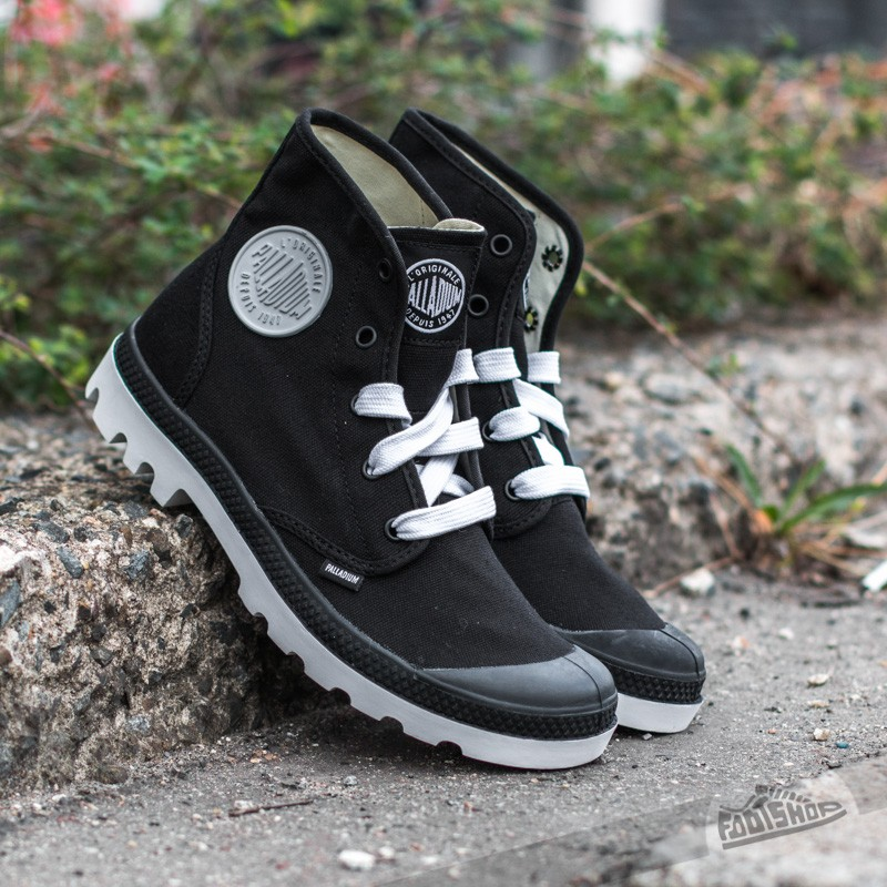 palladium-blanc-hi-black-white